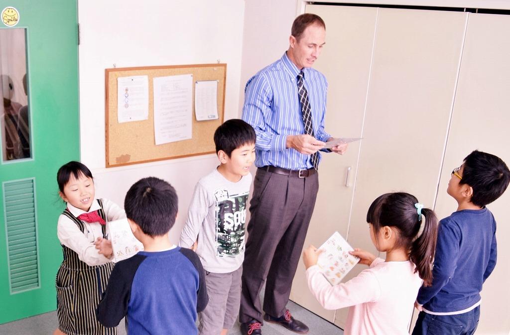 4.英語で質問をし合うペアワーク